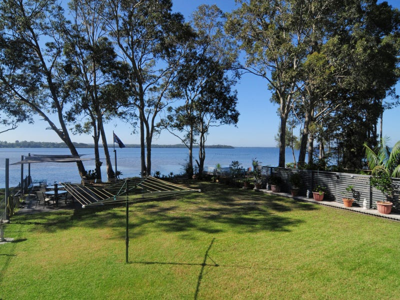 6 Island Point Road, St Georges Basin