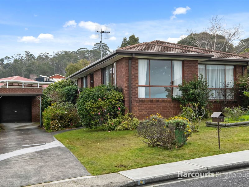 4 Stratford Place, Blackmans Bay, Tas 7052
