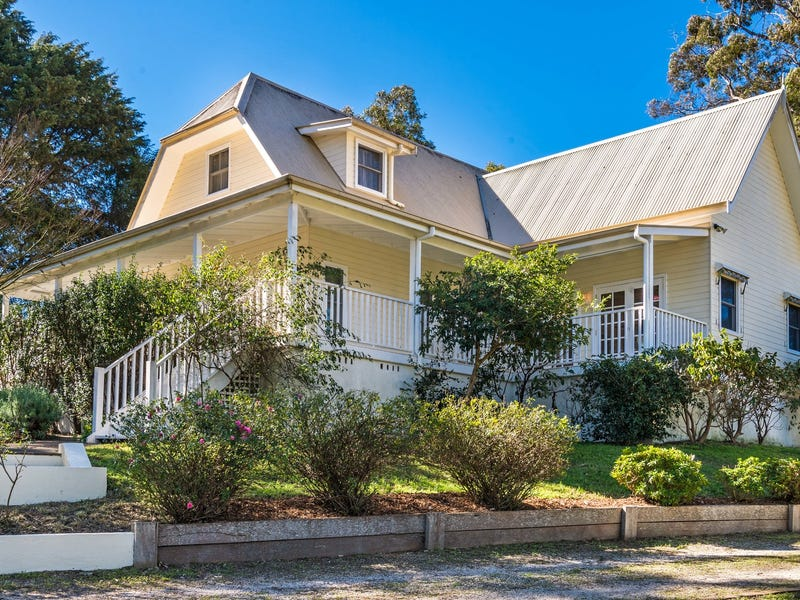 8 Ross Street, Bundanoon, NSW 2578