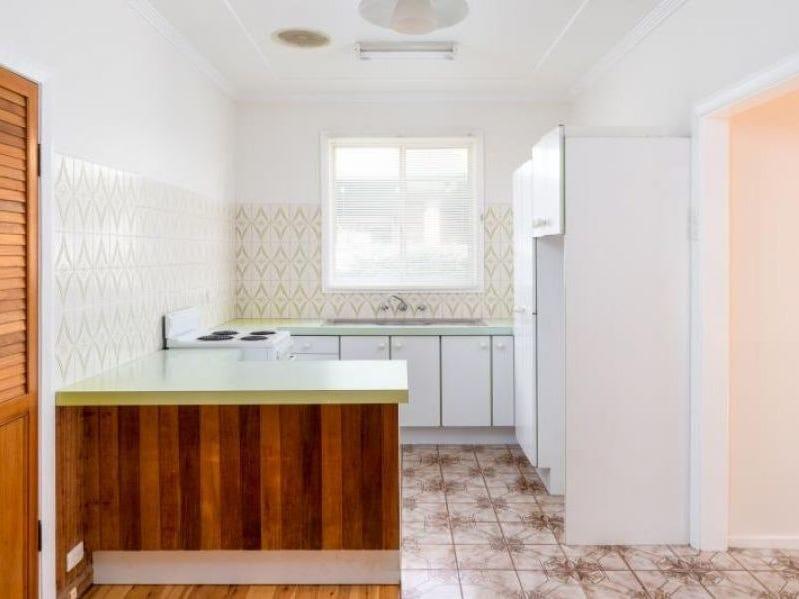 18 Burns Street, Redhead, NSW 2290