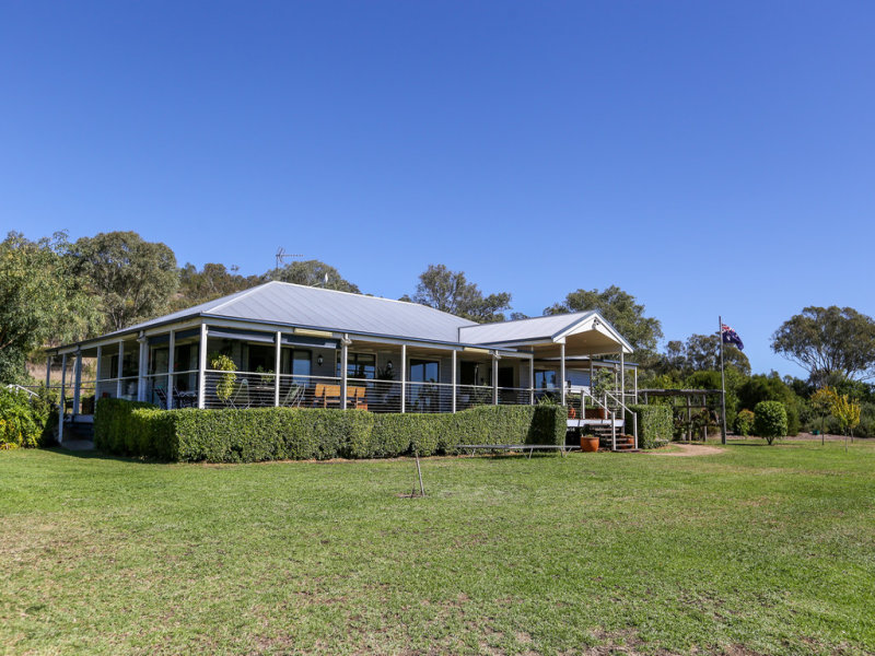 141 Hennessey Road, Greenmount, Qld 4359