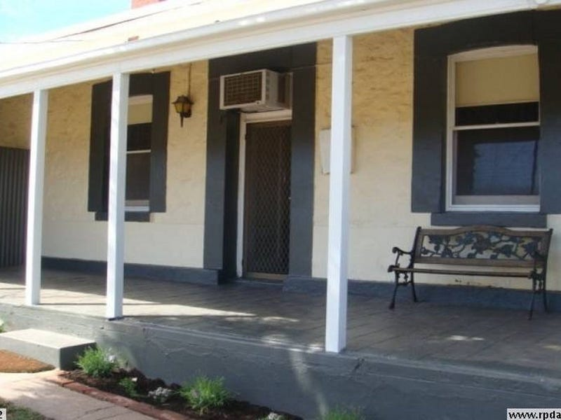 10 McKay Street, Port Broughton