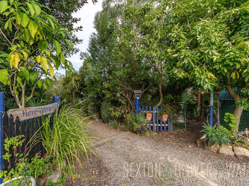92 Swamp Road, Uraidla, SA 5142