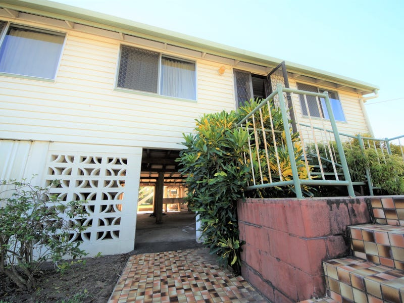 10 Tenth Street, Home Hill, Qld 4806