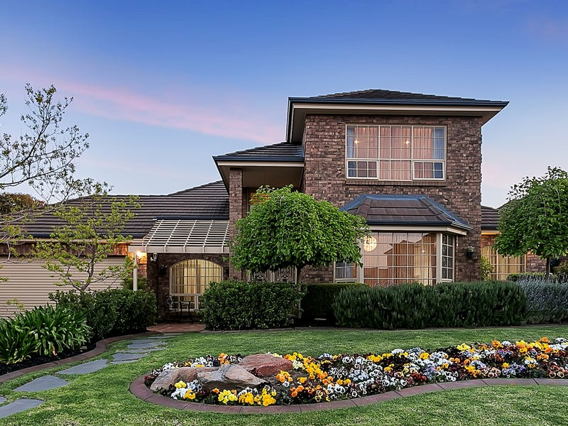 2 Corfu Court, West Lakes