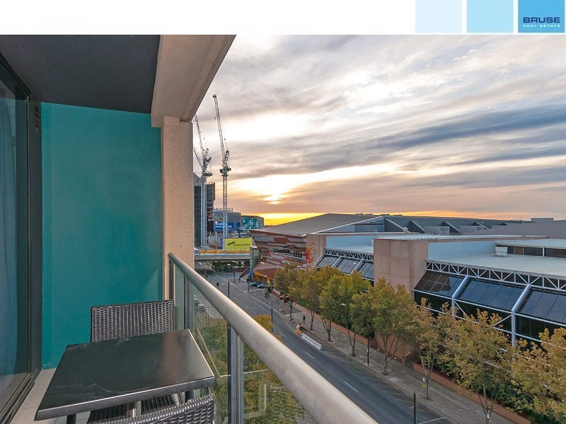 703/102 - 105 North Terrace, Adelaide, SA 5000
