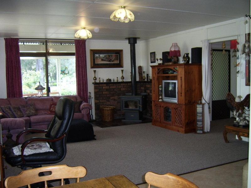 66 Elizabeth Street, Wallabadah, NSW 2343