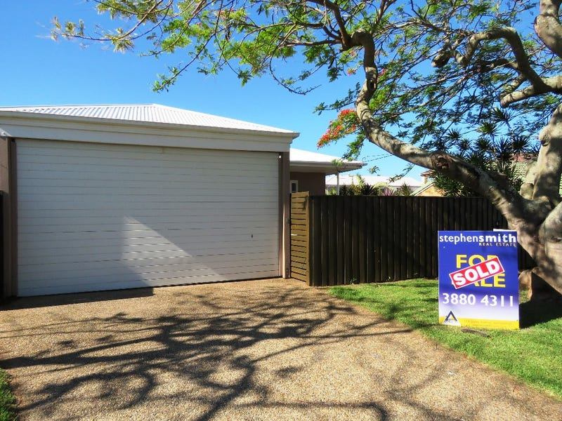 4 Garnet Street, Scarborough, Qld 4020