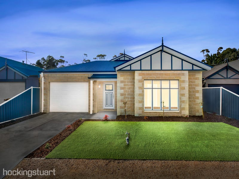 11 Chisholm Place, Wyndham Vale, Vic 3024