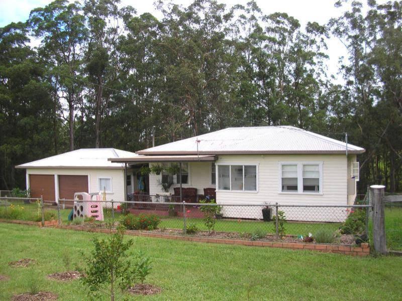 * BORTON Road, Tullera, NSW 2480