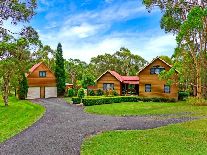 8 Simmons Close, Wyee Point, NSW 2259
