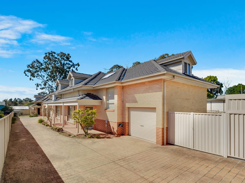 2/13 Jamison Road, Kingswood, NSW 2747