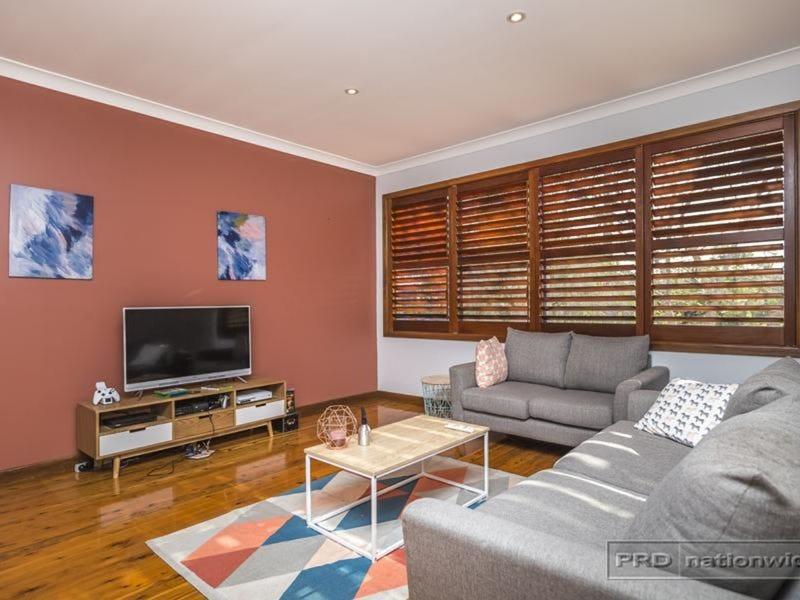 35 Carolyn Street, Adamstown Heights, NSW 2289