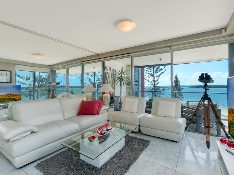 1206/438 Marine Parade, Biggera Waters