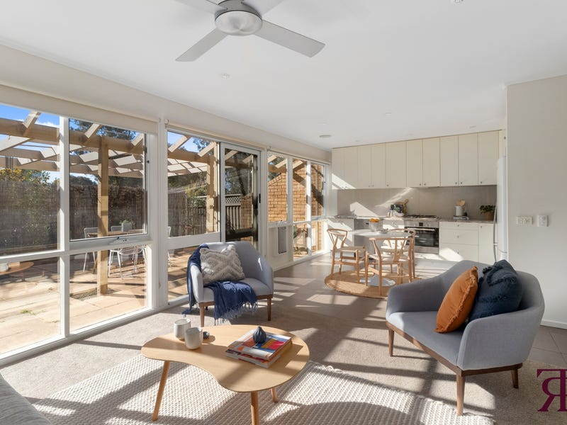 7 Strong Place, Belconnen, ACT 2617