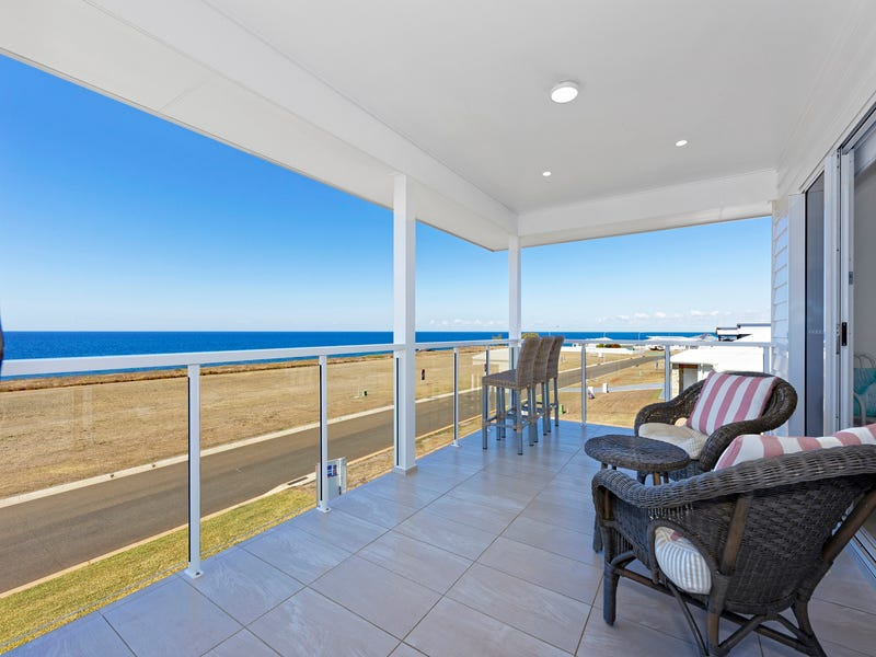 29 Sea Esplanade, Elliott Heads, Qld 4670