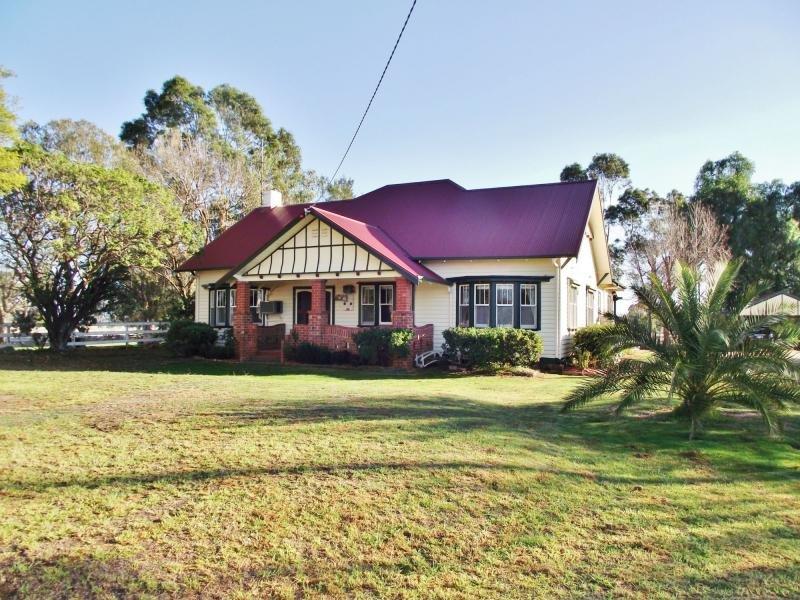 12 Rushworth Road, Murchison, Vic 3610