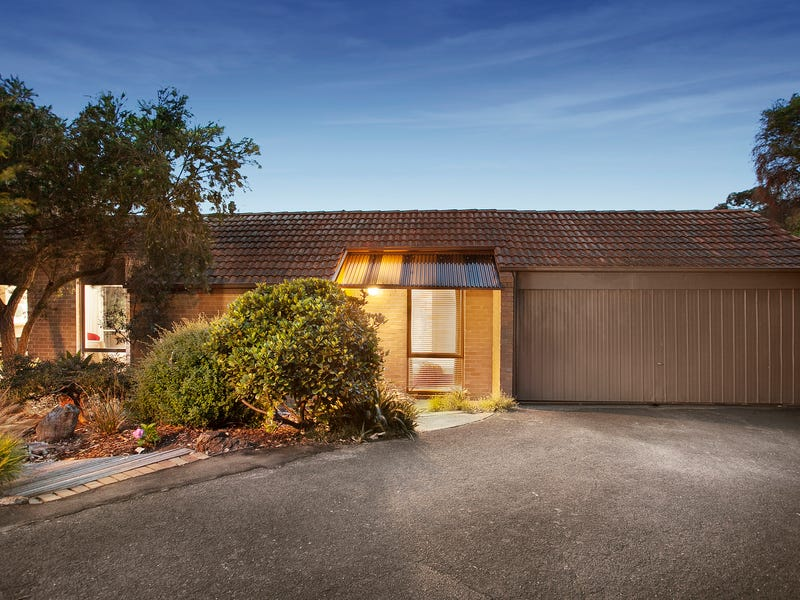 11/18 Peter Street, Doncaster East, Vic 3109