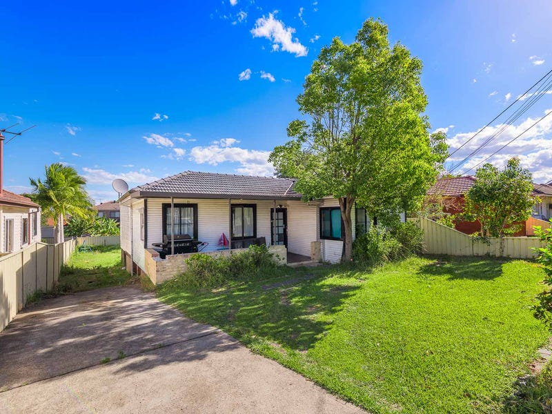 32 Rossiter Street, Smithfield, NSW 2164