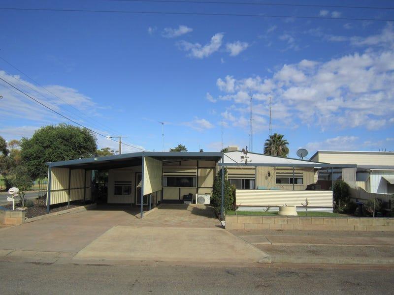 10 Cross Street, Port Broughton, SA 5522