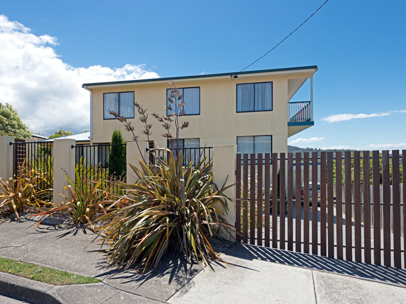 18 Katandra Crescent, Kingston Beach, Tas 7050