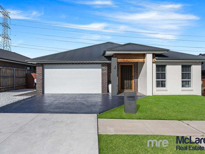 46 Cloverhill Crescent, Gledswood Hills, NSW 2557