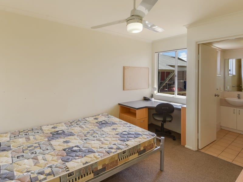 1/94/8 Varsity View Court, Sippy Downs, Qld 4556