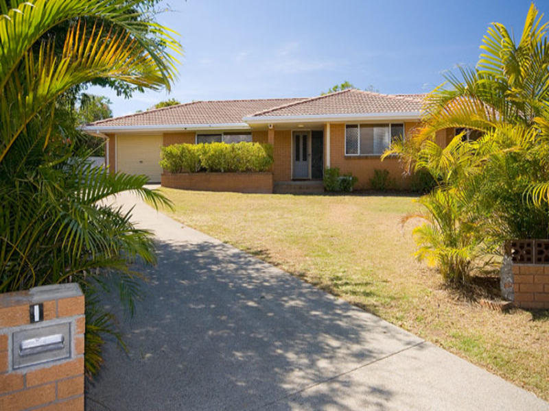1 Flinders Court, Paradise Point, Qld 4216