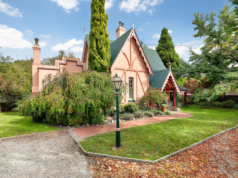 24 Lithgow Street, Lithgow, NSW 2790