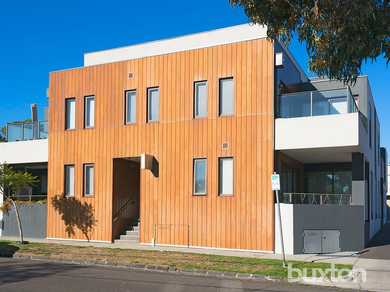 13/11 Railway Crescent, Hampton, Vic 3188