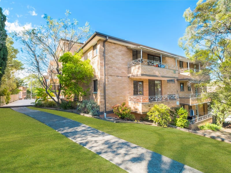 7/82 Hunter St, Hornsby, NSW 2077