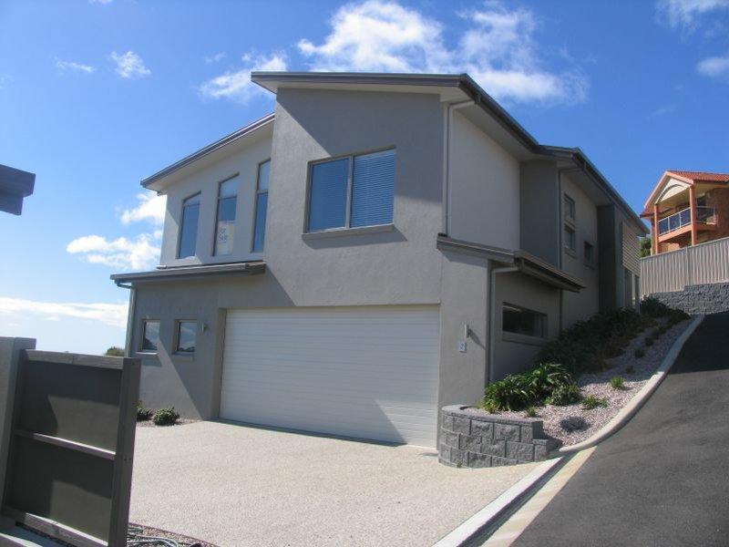 Unit 2/2 Stevens Place, Park Grove, Tas 7320