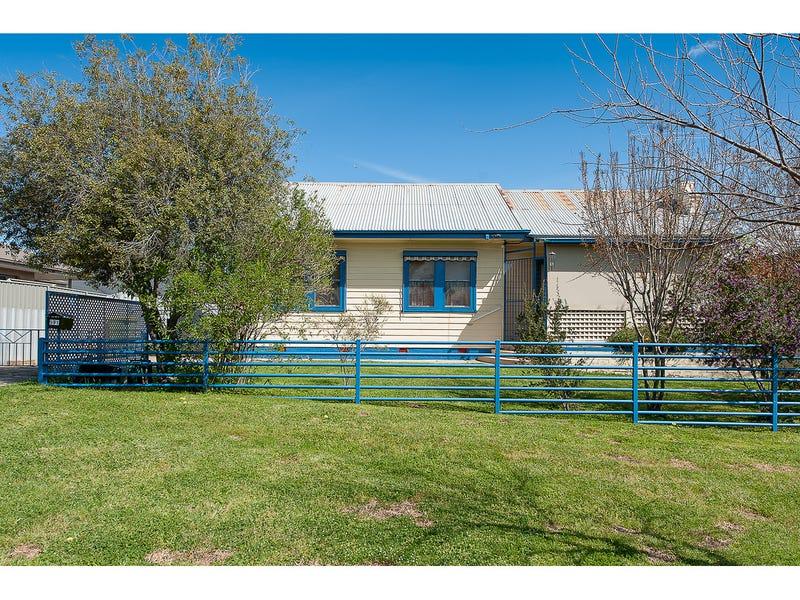 591 Livermore Street, Lavington, NSW 2641