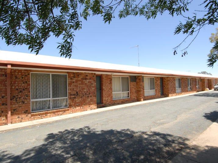 476 POICTIERS STREET, Deniliquin, NSW 2710