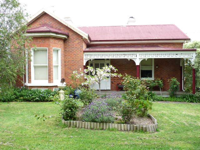 188 Henty Street, Casterton, Vic 3311