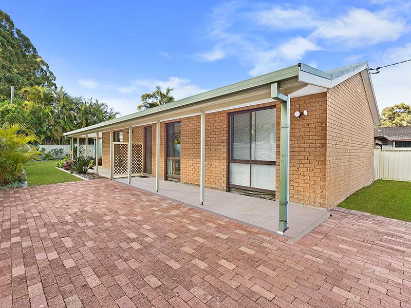 13 Geoffrey Road, Chittaway Point, NSW 2261