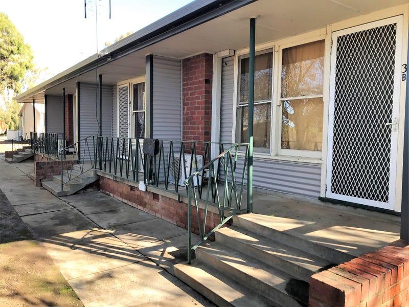 349 MACAULEY STREET, Hay, NSW 2711