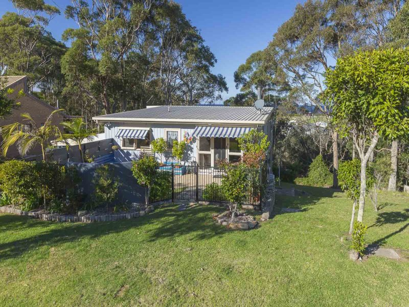 57 Forest Parade, Tomakin, NSW 2537