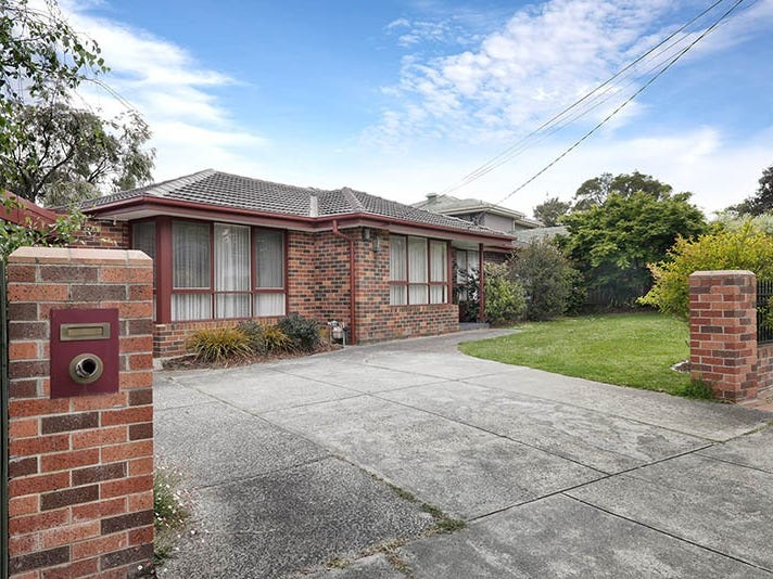 5 Brownlee Crescent, Wheelers Hill, Vic 3150