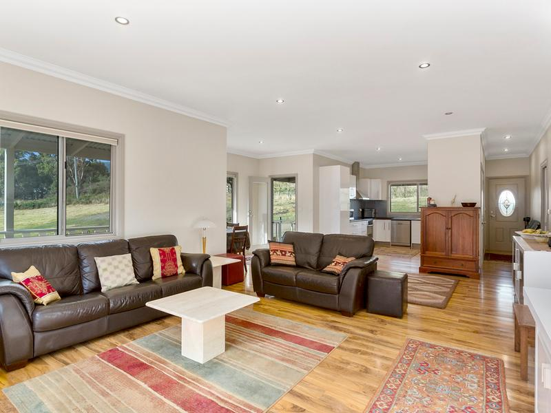880 Woodbridge Hill Road, Gardners Bay, Tas 7112