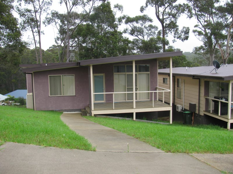 1/1 Vince Place, Malua Bay, NSW 2536