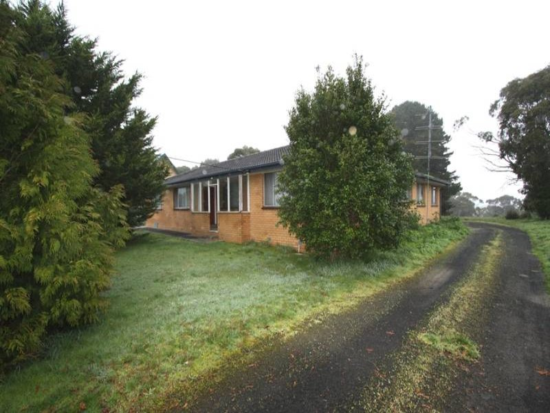2443 Lavers Hill Road, Simpson, Vic 3266