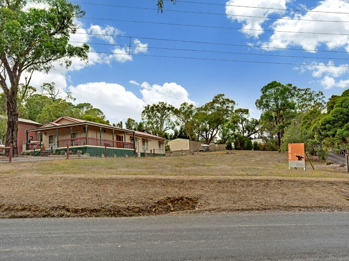 25 GLENBURNIE AVENUE, Heathcote Junction, Vic 3758