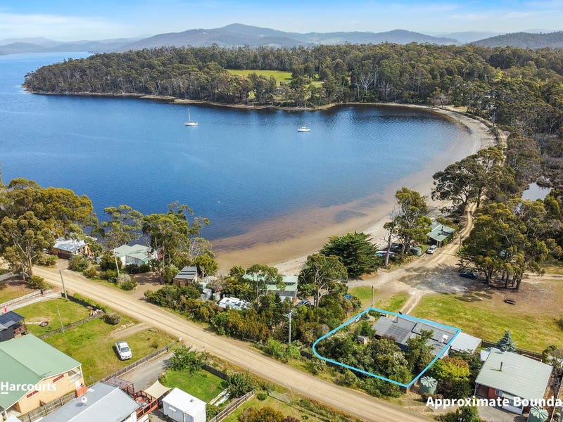 66 Flakemores Road, Eggs And Bacon Bay, Tas 7112