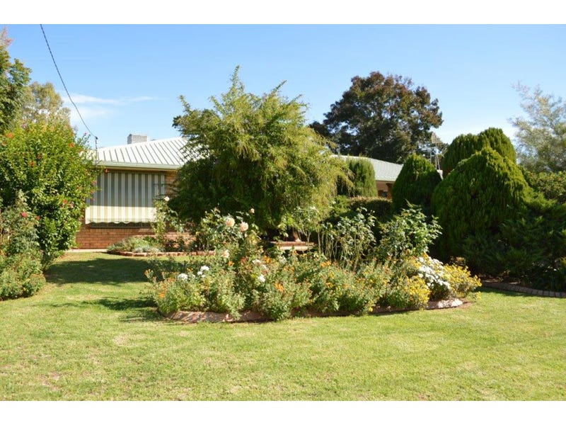 35 McAndrew Street, Gunnedah, NSW 2380