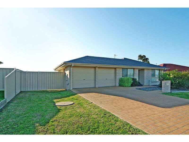 2 Palm Lily Close, Worrigee, NSW 2540