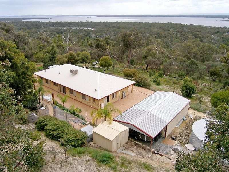 498 Southern Estuary Road, Lake Clifton, WA 6215