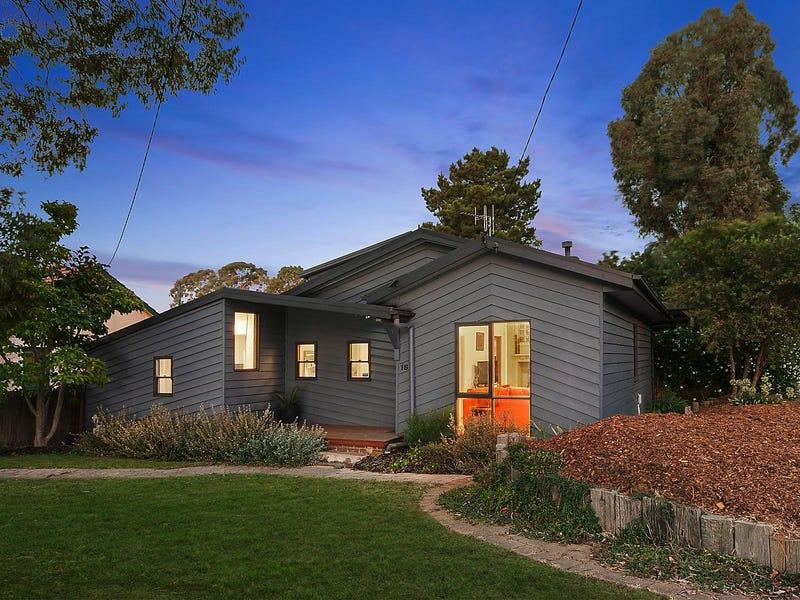16 McKeahnie Street, Queanbeyan, NSW 2620
