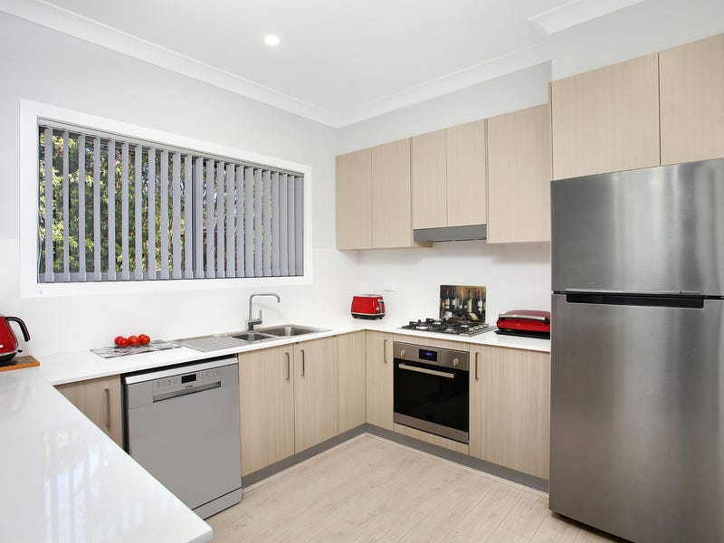 4/25 Devonshire Crescent, Oak Flats, NSW 2529