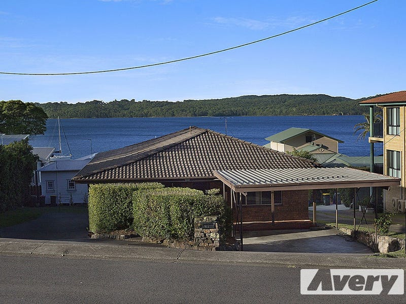 14 Skye Point Road, Coal Point
